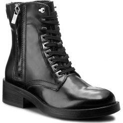 Botki GUESS - Zita FLZIT4 LEA10 BLACK. Czarne botki damskie na obcasie Guess, z materiału. W wyprzedaży za 449,00 zł.