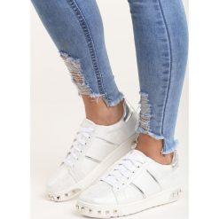 Białe Buty Sportowe Capricorn. Białe buty sportowe damskie marki Born2be, z materiału. Za 79,99 zł.