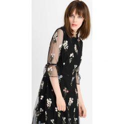 Sukienki: Sukienka z wiązaniem na rękawach