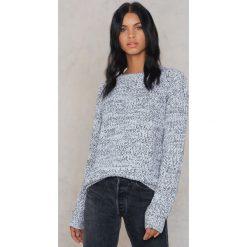 Rut&Circle Sweter z dziurami na ramionach - Grey. Szare swetry klasyczne męskie Rut&Circle, z okrągłym kołnierzem. W wyprzedaży za 44,38 zł.