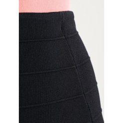 Spódniczki ołówkowe: Kaporal SHANI Spódnica ołówkowa  black