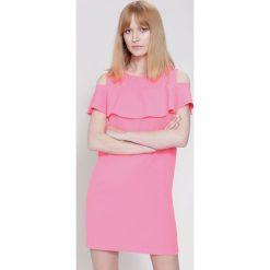 Sukienki hiszpanki: Fuksjowa Sukienka Say It To Me
