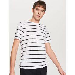 T-shirty męskie: T-shirt w paski – Biały