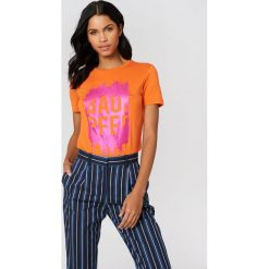 T-shirty damskie: Baum und Pferdgarten T-shirt Enye – Orange