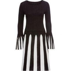 Sukienki hiszpanki: Sukienka dzianinowa bonprix czarno-biały