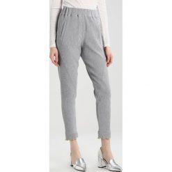 Spodnie dresowe damskie: 2ndOne MILEY Spodnie treningowe grey melange
