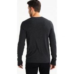 Swetry klasyczne męskie: Abercrombie & Fitch FINE GAUGE Sweter dark grey