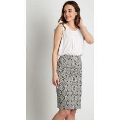 Minispódniczki: Ołówkowa spódnica we wzory  BIALCON