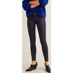 Mango - Jeansy Belle. Czarne jeansy damskie Mango, z bawełny. Za 129,90 zł.