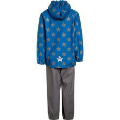 Racoon PREBEN RAIN SET Kurtka przeciwdeszczowa blue. Niebieskie kurtki dziewczęce przeciwdeszczowe marki Racoon, z jeansu. Za 269,00 zł.