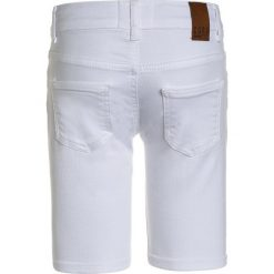 Cars Jeans KIDS KACEY Szorty jeansowe white. Białe spodenki chłopięce Cars Jeans, z bawełny. Za 129,00 zł.