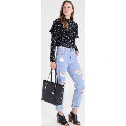 Miss Selfridge STUD SIDE  Torba na zakupy black. Czarne torebki klasyczne damskie Miss Selfridge. Za 169,00 zł.