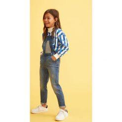 Mango Kids - Ogrodniczki dziecięce Amara 110-164 cm. Niebieskie rurki dziewczęce Mango Kids, z aplikacjami, z bawełny. Za 129,90 zł.