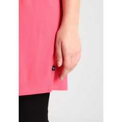 T-shirty damskie: ADIA LONG ROUND NECK UNI  Tshirt z nadrukiem pink hibiscus