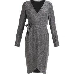 Sukienki hiszpanki: Glamorous AC1488 Sukienka z dżerseju silver lurex