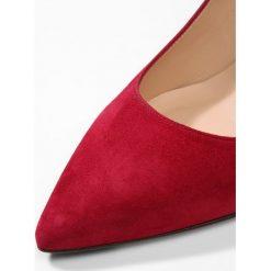LK Bennett FLORET Czółenka poppy. Czerwone buty ślubne damskie LK Bennett, z materiału. Za 1069,00 zł.