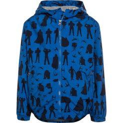 GAP BOYS WINDBUSTER Kurtka przeciwdeszczowa blue. Niebieskie kurtki chłopięce przeciwdeszczowe GAP, z materiału. Za 199,00 zł.