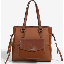 Parfois - Torebka. Brązowe kuferki damskie Parfois, w paski, z materiału, do ręki, duże, zamszowe. Za 139,90 zł.