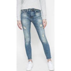 Calvin Klein Jeans - Jeansy. Niebieskie jeansy damskie rurki marki Calvin Klein Jeans, z bawełny, z podwyższonym stanem. W wyprzedaży za 399,90 zł.