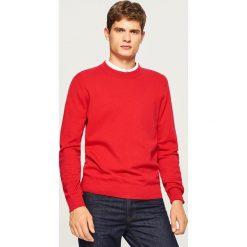 Gładki sweter - Czerwony. Białe swetry klasyczne męskie marki Reserved, l, z dzianiny. Za 79,99 zł.