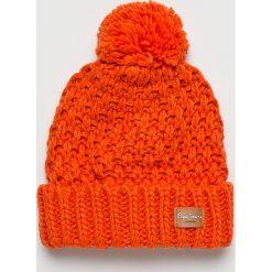 Pepe Jeans - Czapka. Czerwone czapki zimowe damskie marki Pepe Jeans, na zimę, z dzianiny. Za 119,90 zł.