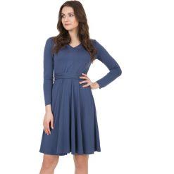 Długie sukienki: Elegancka sukienka wiązana z tyłu BIALCON