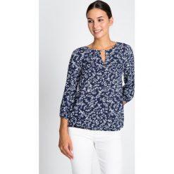 Bluzki damskie: Granatowa bluzka w kwiaty QUIOSQUE