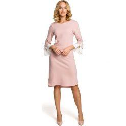 Sukienka z warstwowymi rękawami - pudrowa - 2