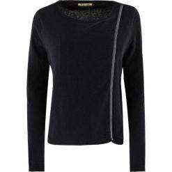 Swetry klasyczne damskie: Sweter damski Aqiila 1