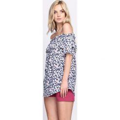 Granatowa Bluzka Future Self. Szare bluzki hiszpanki marki Born2be, s, w kwiaty, z długim rękawem. Za 49,99 zł.