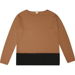 Sweter kaszmirowy w kolorze karmelowym. Brązowe swetry klasyczne damskie marki Ateliers de la Maille, z kaszmiru, z okrągłym kołnierzem. W wyprzedaży za 545,95 zł.