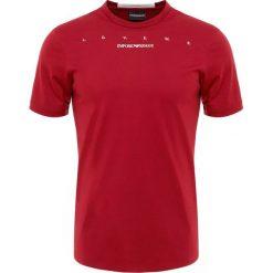 Emporio Armani Tshirt z nadrukiem rosso/loveme. Czerwone t-shirty męskie z nadrukiem Emporio Armani, m, z bawełny. Za 449,00 zł.