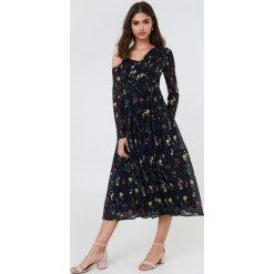 Sukienki: NA-KD Boho Asymetryczna sukienka – Black,Multicolor