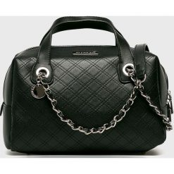 Monnari - Torebka. Czarne torebki klasyczne damskie marki Monnari, w paski, z materiału, średnie. W wyprzedaży za 149,90 zł.