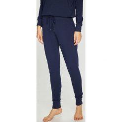 Lauren Ralph Lauren - Spodnie piżamowe. Szare piżamy damskie Lauren Ralph Lauren, l, z bawełny. W wyprzedaży za 259,90 zł.