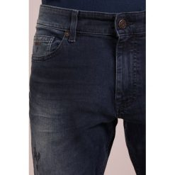 BOSS CASUAL DELAWARE Jeansy Slim Fit navy. Niebieskie jeansy męskie relaxed fit BOSS Casual. Za 709,00 zł.