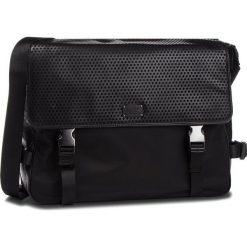Torba na laptopa GUESS - HM6561 POL84 BLA. Czarne torby na laptopa marki Guess, z aplikacjami, z materiału. Za 589,00 zł.