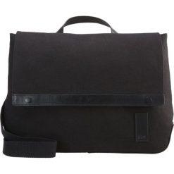 KIOMI Torba na ramię canvas black. Czarne torby na ramię męskie KIOMI, na ramię, małe. W wyprzedaży za 136,95 zł.