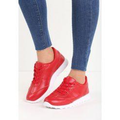 Czerwone Buty Sportowe Top Secret. Czerwone topy sportowe damskie marki KALENJI, z gumy. Za 49,99 zł.