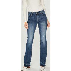 Answear - Jeansy. Niebieskie jeansy damskie ANSWEAR. W wyprzedaży za 99,90 zł.