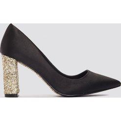 Buty ślubne damskie: NA-KD Shoes Czółenka z błyszczącej satyny - Black,Multicolor,Gold