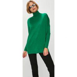 Answear - Sweter. Zielone swetry klasyczne damskie ANSWEAR, l, z dzianiny, z golfem. W wyprzedaży za 129,90 zł.