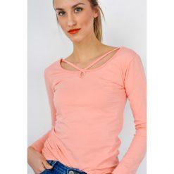 Bluzki damskie: Bluzka basic z przeplatanym dekoltem