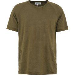 Koszulki polo: YMC You Must Create TELEVISION RAGLAN Tshirt basic olive