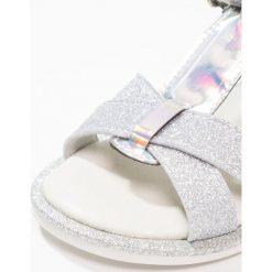 Friboo Sandały silver. Czerwone sandały chłopięce marki Friboo, z materiału. Za 149,00 zł.