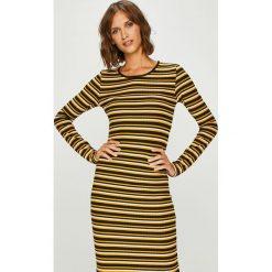 Only - Sukienka. Szare długie sukienki marki ONLY, s, z bawełny, z okrągłym kołnierzem. W wyprzedaży za 99,90 zł.