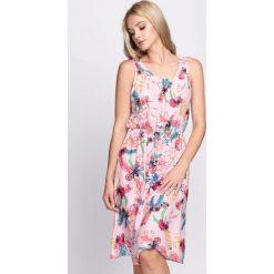 Sukienki: Różowa Sukienka Holiday Party