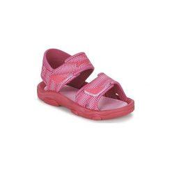 Sandały Dziecko  Rider  RS 2 III BABY. Czerwone sandały dziewczęce marki Born2be, z materiału, z otwartym noskiem, na zamek. Za 87,20 zł.