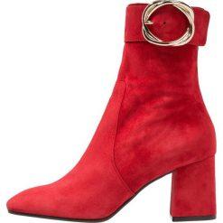 Alberto Zago Botki rosso. Czerwone botki damskie skórzane Alberto Zago, klasyczne. Za 969,00 zł.