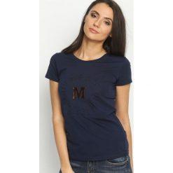 Granatowy T-shirt Madam Lady Chic. Niebieskie t-shirty damskie Born2be, l. Za 39,99 zł.